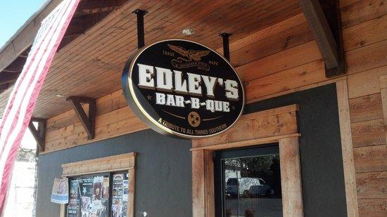 1. Edley's Bar-B-Que