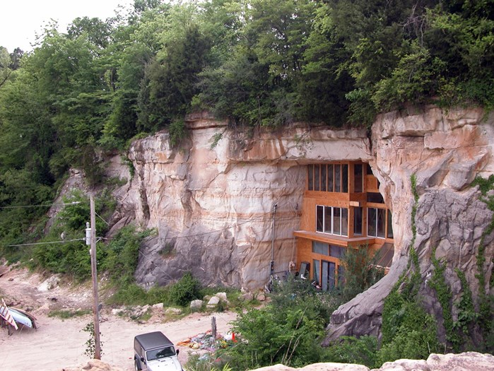 13. Caveland, Missouri