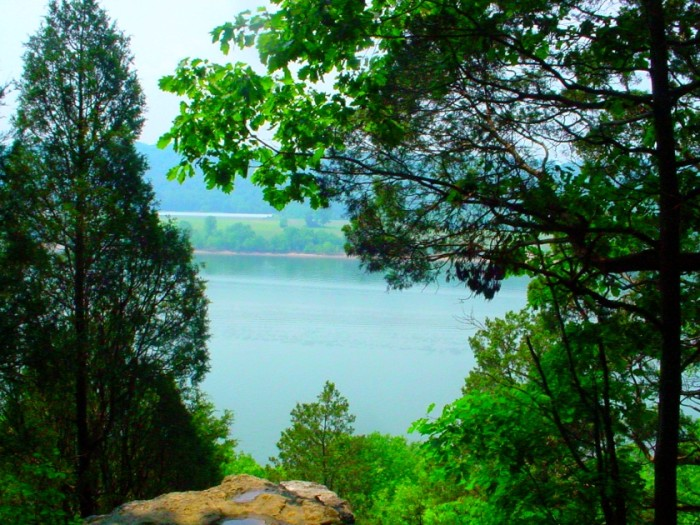9) Hiking Trail Overlooking Ohio River