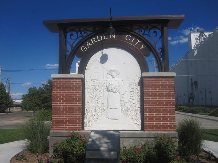 11. Garden City
