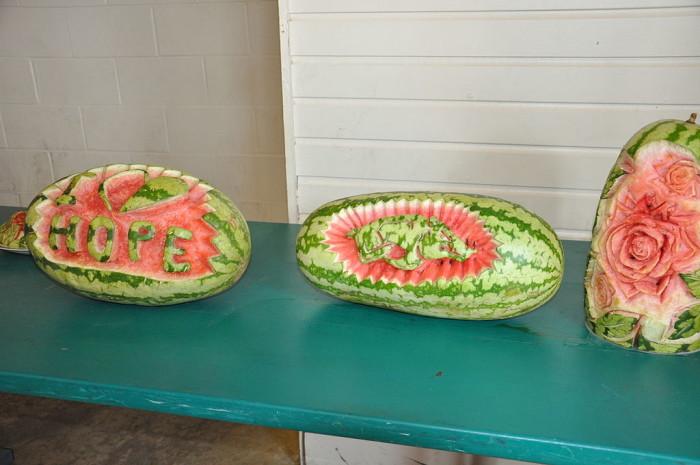 1024px-Hope_Watermelon_Festival_001