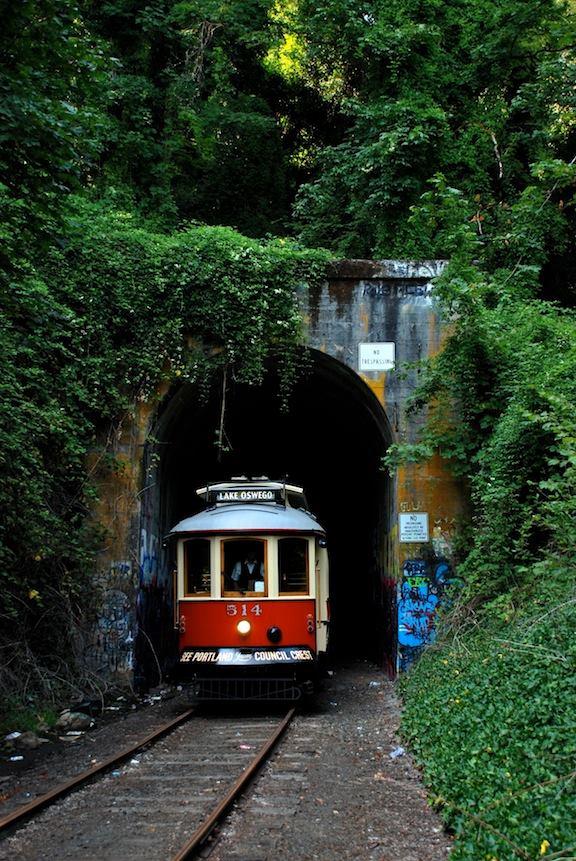 3. Willamette Shore Trolley