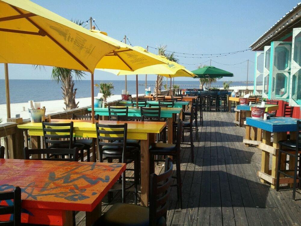 13 Waterfront Restaurants In Mississippi