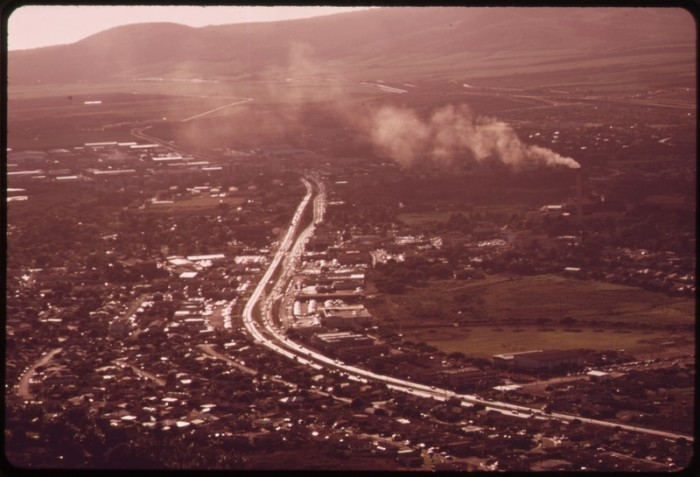 11. Hawaii's freeways offer beautiful scenic views – without obtrusive billboards.