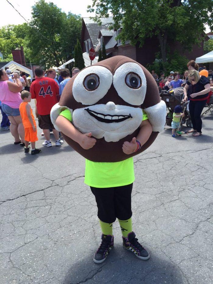1. Maine Whoopie Pie Festival, Dover-Foxcroft: June 25th, 2016