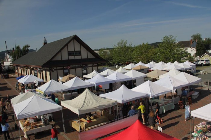 6. They have a fantastic local Farmer's Market.