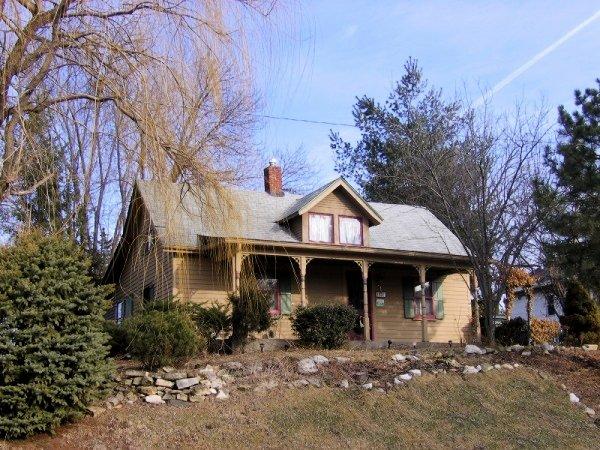 7. Davenport Claim House, Davenport