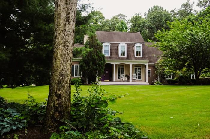 10. Pine Hollow House, Milton