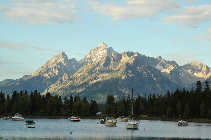 1. Jackson Lake has 11 islands.