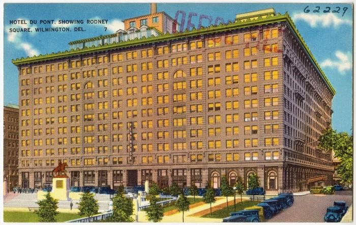 1200px-Hotel_Du_Pont,_showing_Rodney_Square,_Wilmington,_Del_(62229)