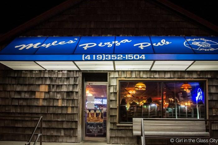 8. Myles Pizza Pub (Bowling Green)