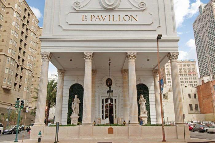 4. Le Pavillon Hotel, 833 Poydras St.