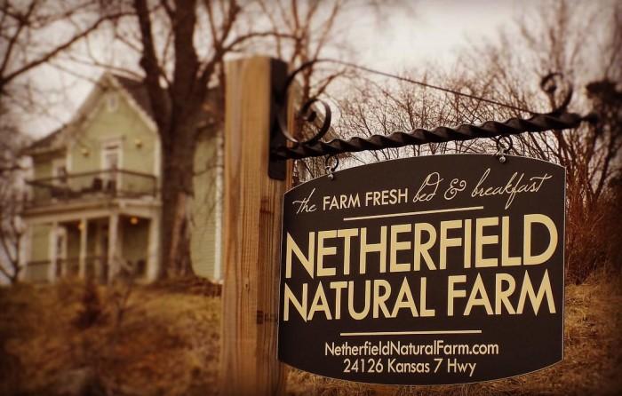 1. Netherfield Natural Farm Bed & Breakfast (Fontana)