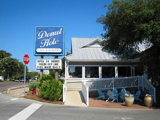 6. Donut Hole Bakery Cafe, Destin