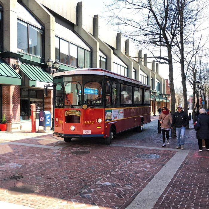 4. Salem Trolley Tours, Salem