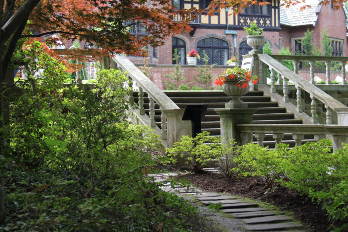 8. Stan Hywet Hall and Gardens (Akron)