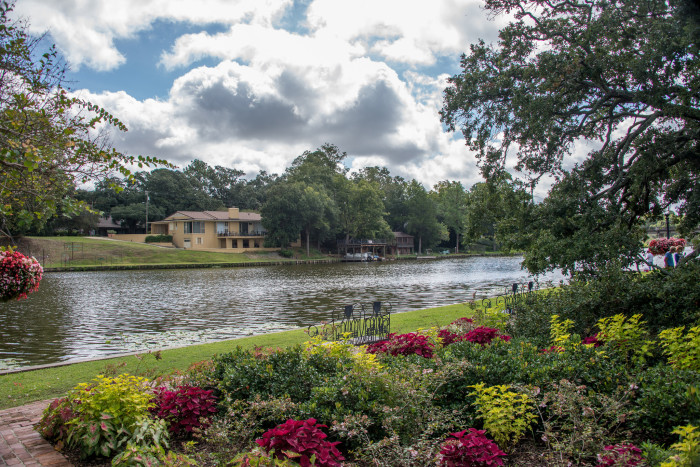 Front Street is located on Cane River Lake, a beautiful body of water that anchors the town.