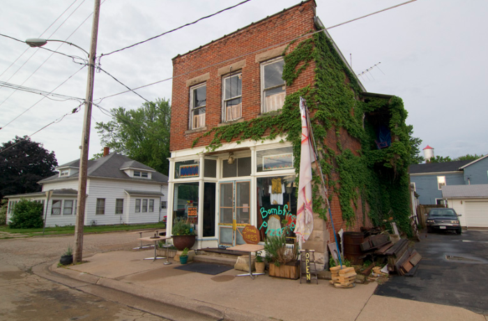 12. Grab a bite to eat at one of Iowa's unique eateries
