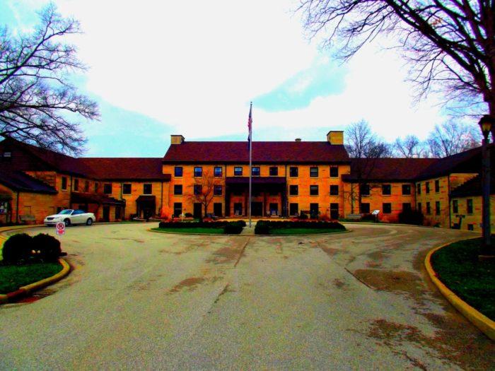 15) Spring Mill Inn