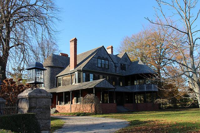 9. Isaac Bell House, Newport