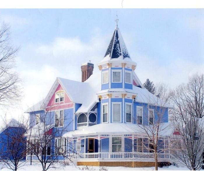 3. Historic Hutchinson House B&B, Faribault