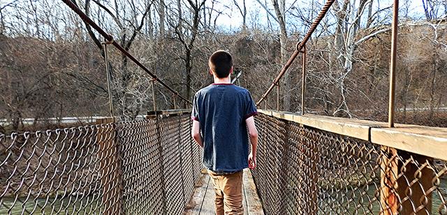 swinging bridge richmond