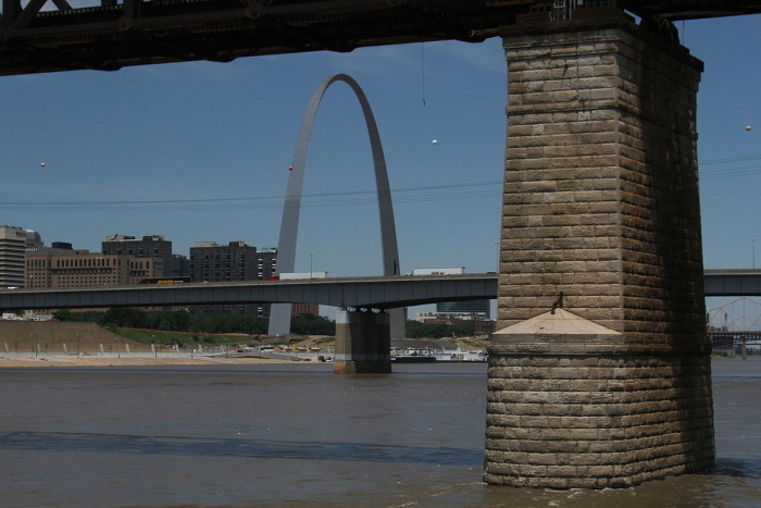 13.The cost to build the arch totaled 13 million dollars.