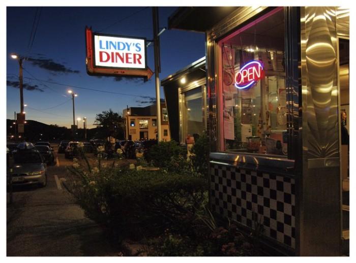 4. Lindy's Diner, Keene