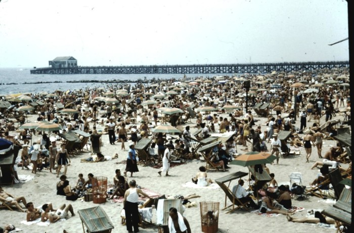 13. Just a tad bit crowded, here you can see the beach of Coney Island populated on summer weekend in 1954.