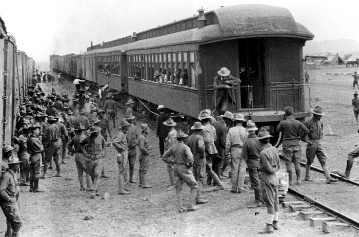 11. A train pulling into the station in Columbus in 1916.