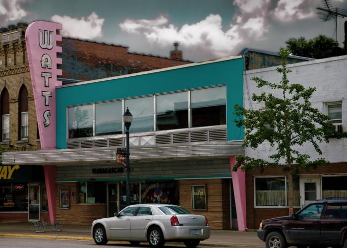 2. Catch a classic flick at one of Iowa's retro movie theatres.