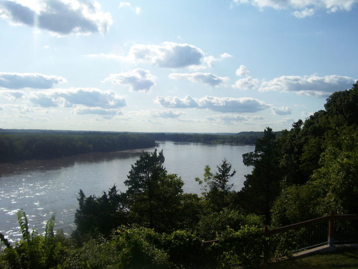 2.  Access to the Missouri River.