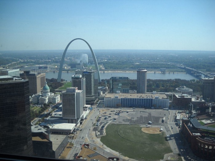 2.3. Saint_Louis_MO_The_Gateway_Arch_(1)