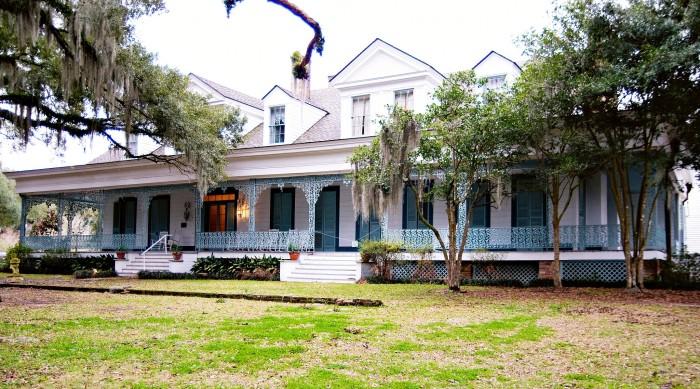 8. Myrtles Plantation, US-61, St. Francisville, LA