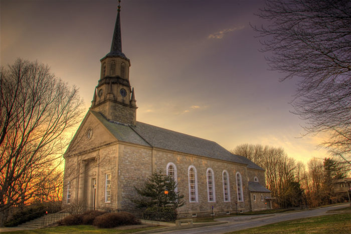 5. At Connecticut College in New London, the church matches the beauty of the campus.