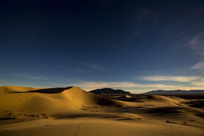 6. Mojave Trails National Monument is hauntingly beautiful at night.