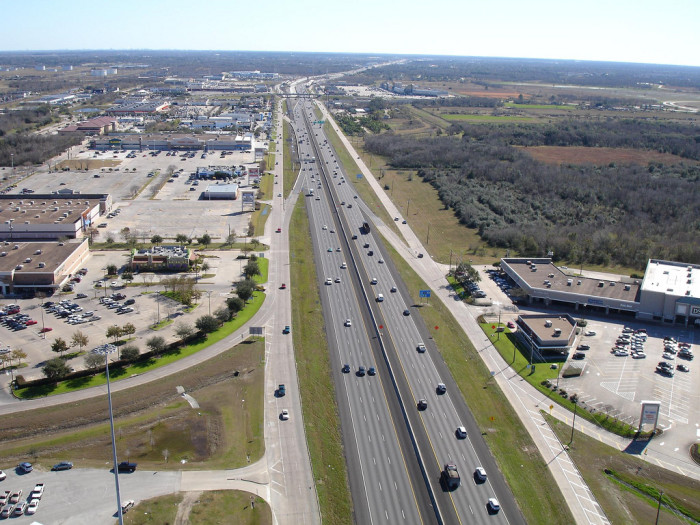10. You'll have access to so many little cities (Seabrook, Kemah, Webster, Clear Lake, Friendswood, Dickenson without even getting on the highway.