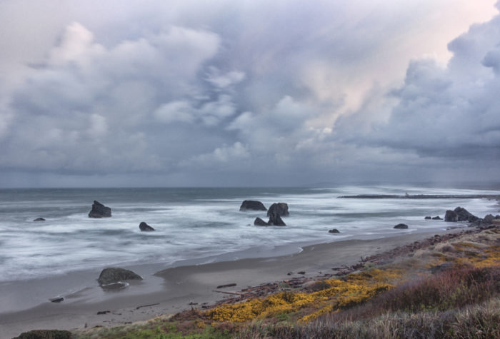 9. Oregon's beaches are beautiful anytime of year.