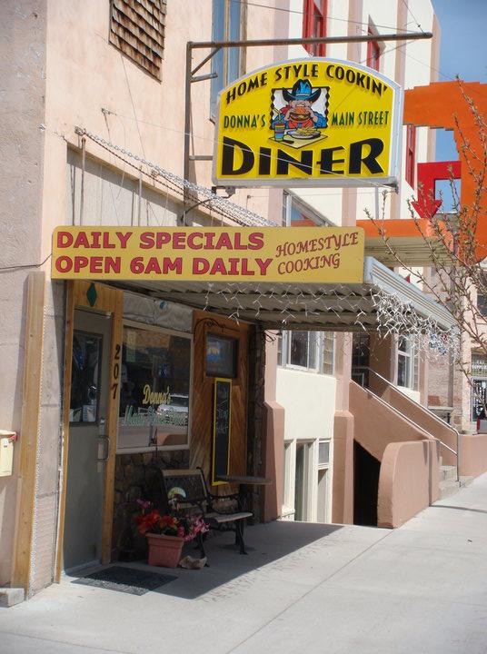 2. Donna's Main Street Diner