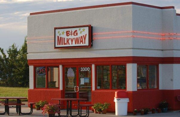 17. Enjoy some ice cream at B&G Milky Way.