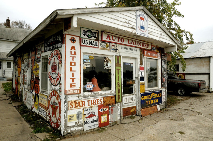 7. Take a trip down memory lane with a scenic drive on the historic Lincoln Highway.