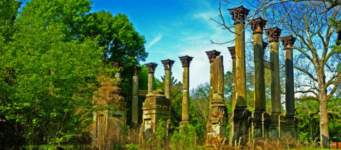 3. Windsor Ruins, milepost 30