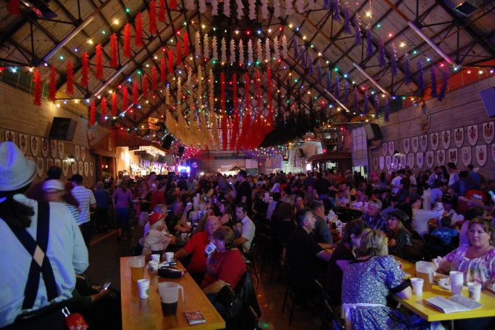 2. Wurstfest (New Braunfels)