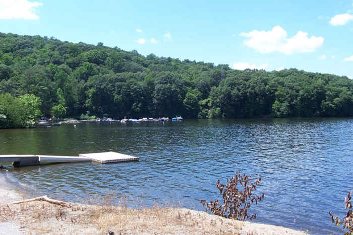 5. Lake Zoar is actually a reservoir on the Housatonic River formed by Stevenson Dam. Monroe, Newtown, Oxford, and Southbury share this place.