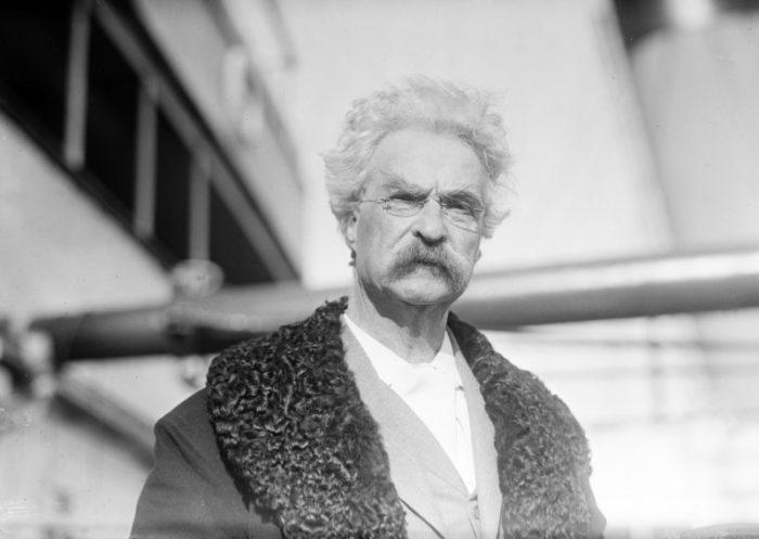4.Missouri is especially proud of its native Mark Twain.