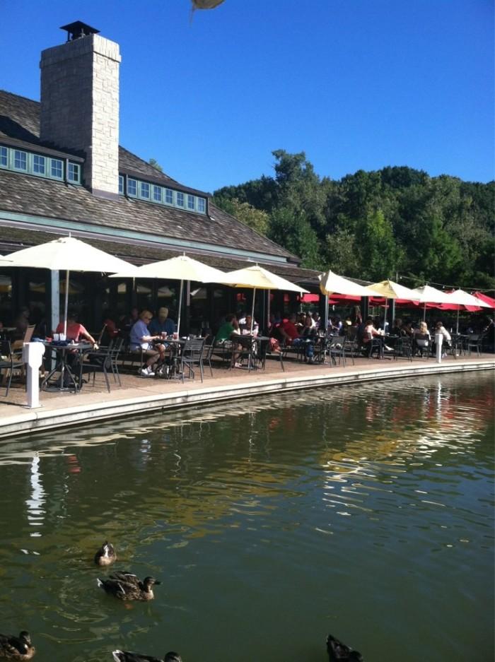 The 17 Best Waterfront Restaurants In Missouri