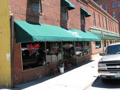 Peanut Bar And Grill Kansas City