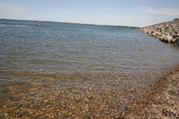 2. Lake Sakakawea