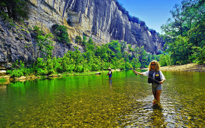 10.There are 9,700 miles of streams and rivers in Arkansas. You'd only drive about 2,813 miles if you left from San Francisco, California and arrived in Washington D.C.