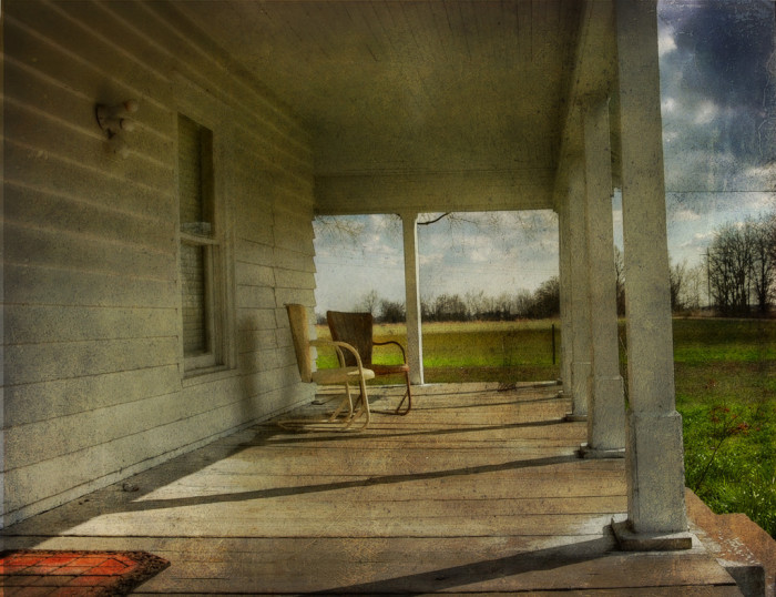 3. Southern hospitality and our laid-back attitudes (There's always a seat for you, too.)